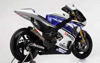 Moto GP - Yamaha YZR-M1 2012 Wallpaper Jorge Lorenzo