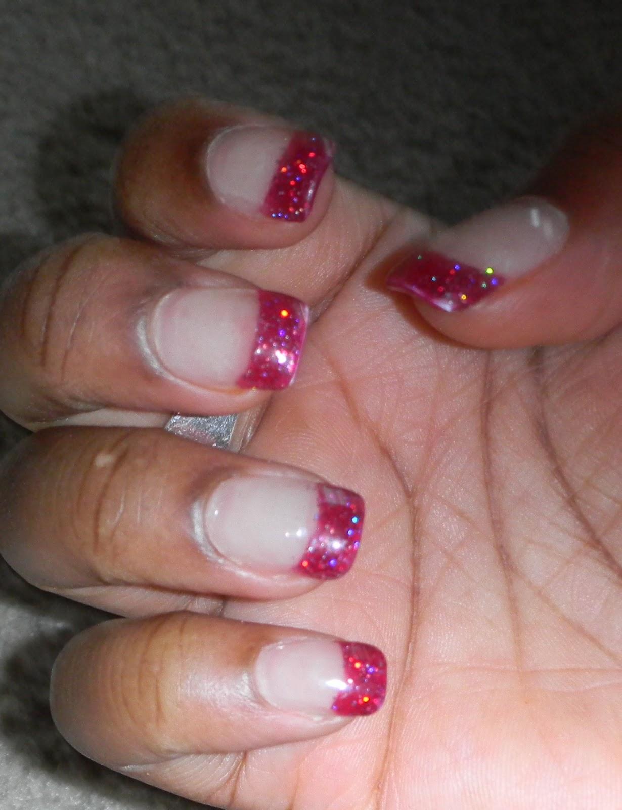 http://1.bp.blogspot.com/-rkftyu7dN_s/TrmRdLEbdAI/AAAAAAAAF9Q/SIbR3Rlk3tk/s1600/glitter+tips.jpg