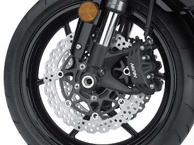 2011 Kawasaki Ninja ZX-6R Brake