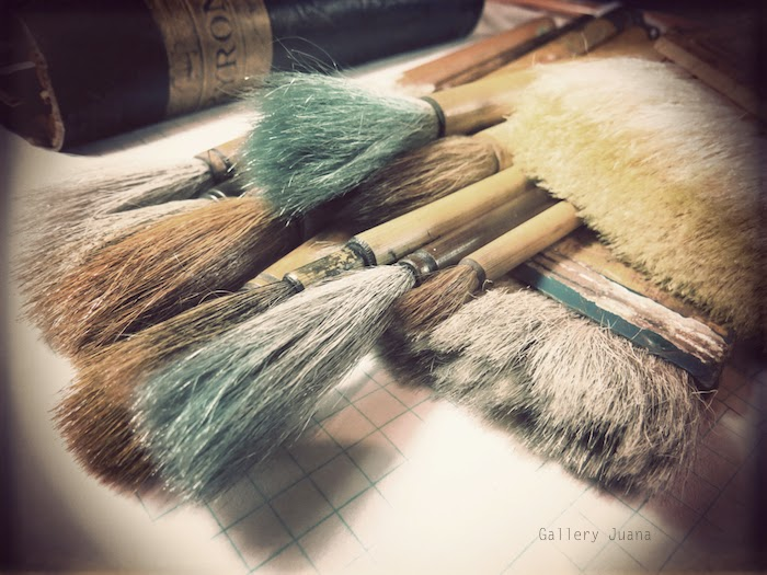 sumi brushes - gallery juana
