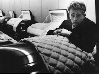 La extraña cama de James Dean