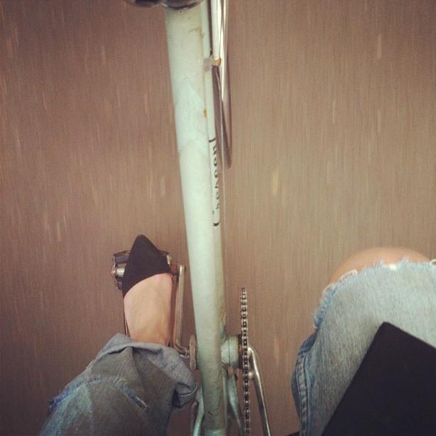 cykla i stiletter