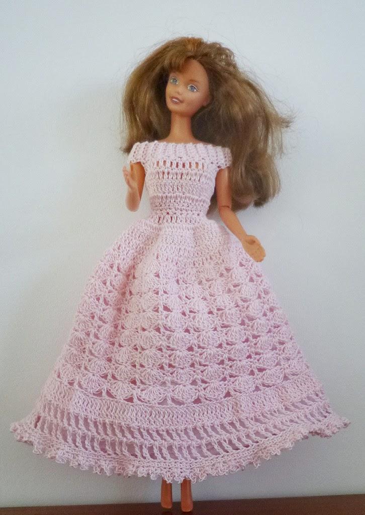 Je m 39 clate avec mes 10 doigts une robe de princesse pour - Desanime de barbie princesse ...