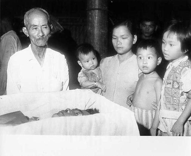 Vietnamese farmers killed bomb attacks