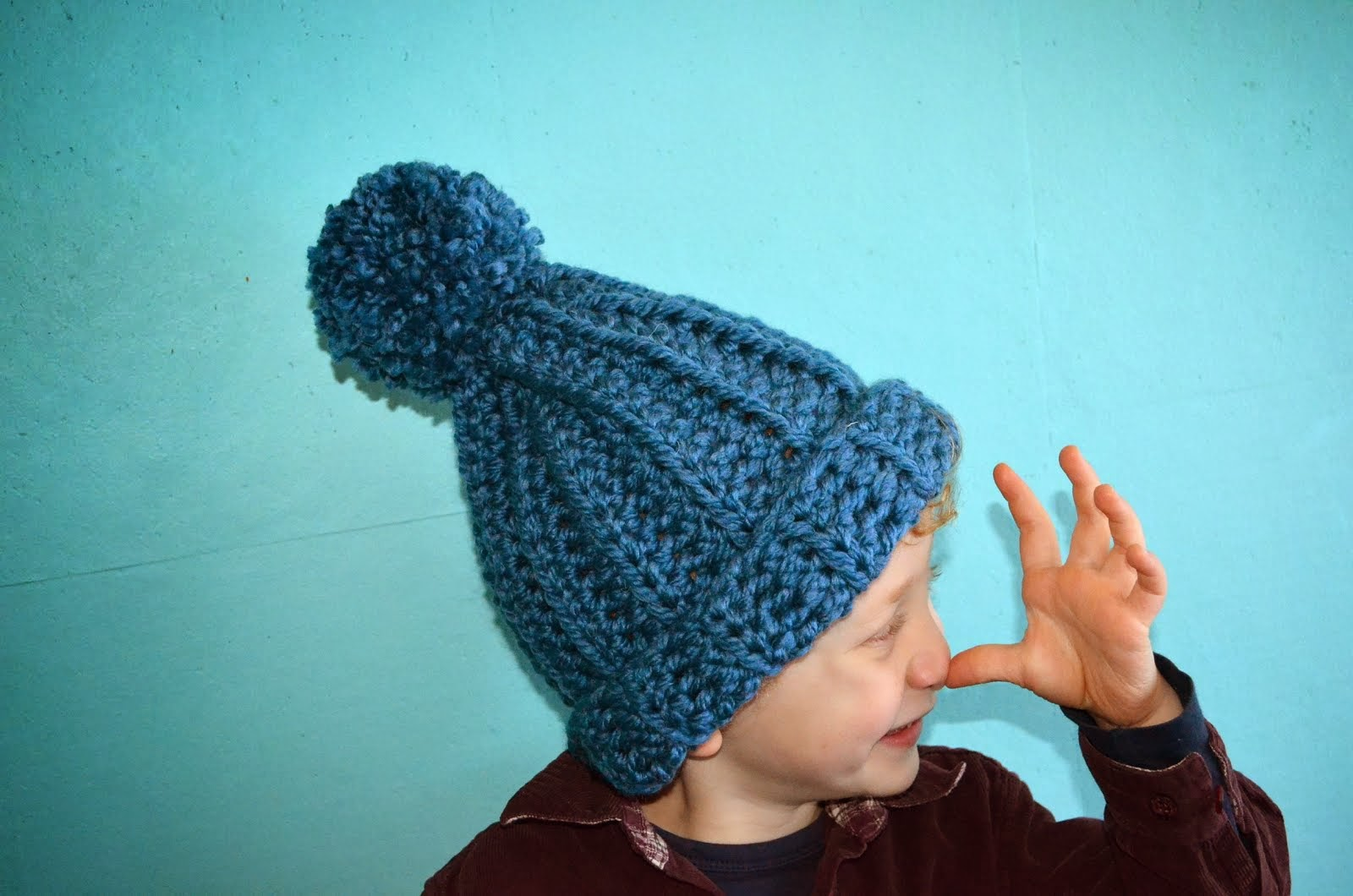 Pattern : mega pompommy hat