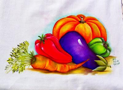 pintura de moranga com beringela, pimentão e cenoura