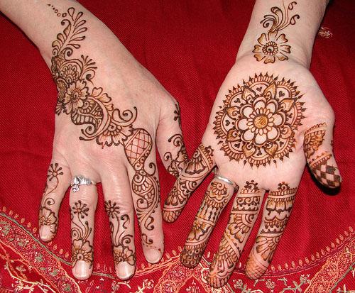 Mehndi Designs On Hips : Mehndi designs book latest for eid