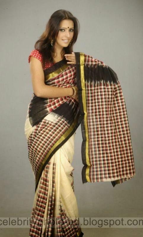 Beautiful%2BHot%2BBangladeshi%2Bgirl%2BSrabosri%2BDutta%2BTinni's%2BNew%2BHD%2BPhotos010