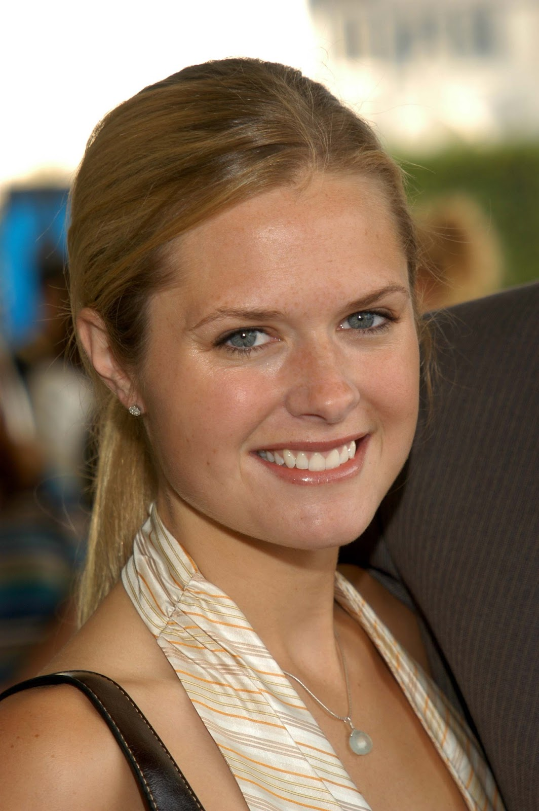 Maggie Lawson Photos Tv Series Posters And Cast