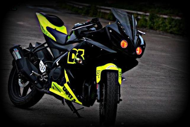 Modified Yamaha R15 v ...