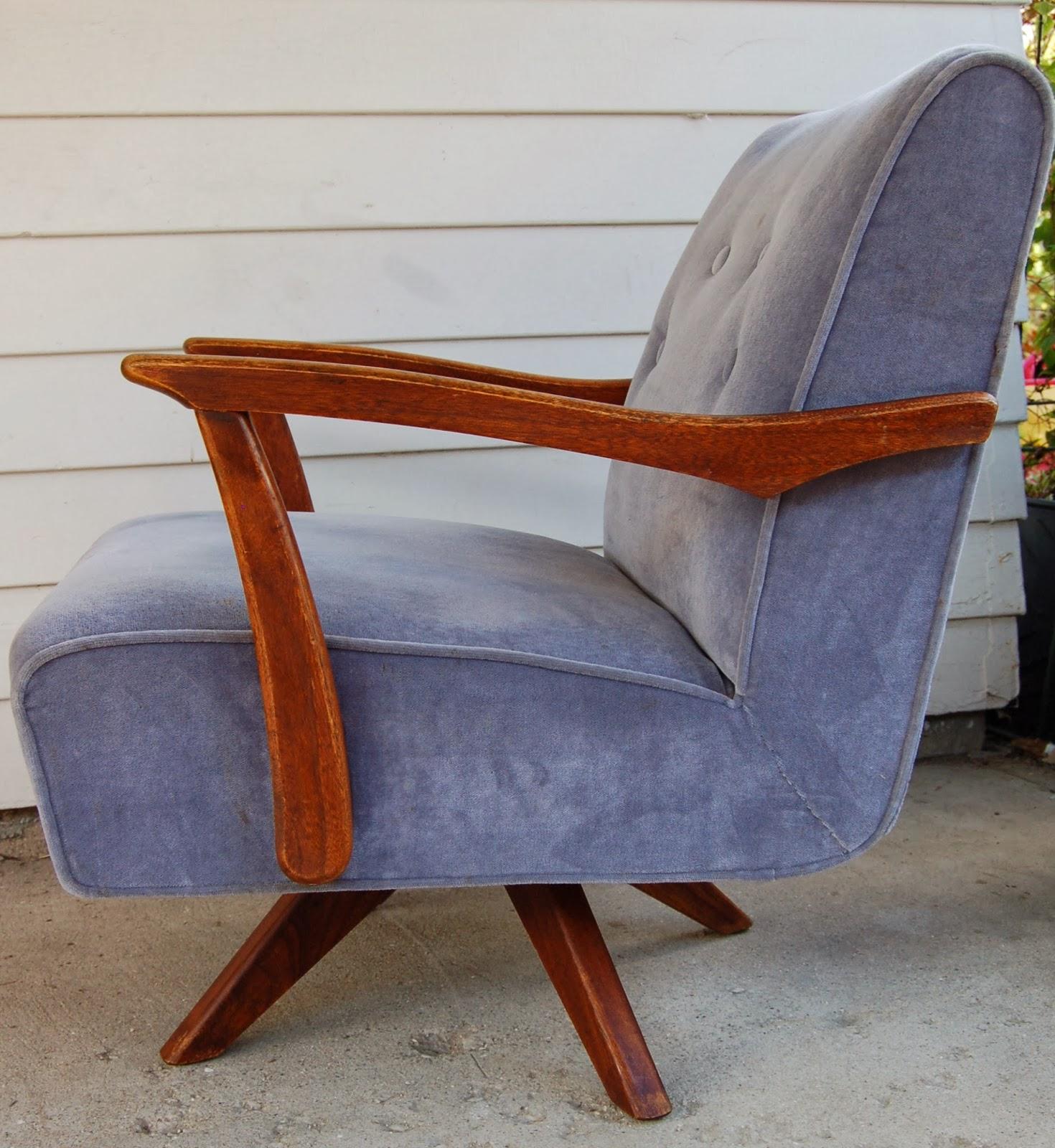 U f o Rocking Chair