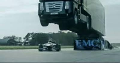Επικό παγκόσμιο ρεκόρ από την EMC και την Lotus F1 Team