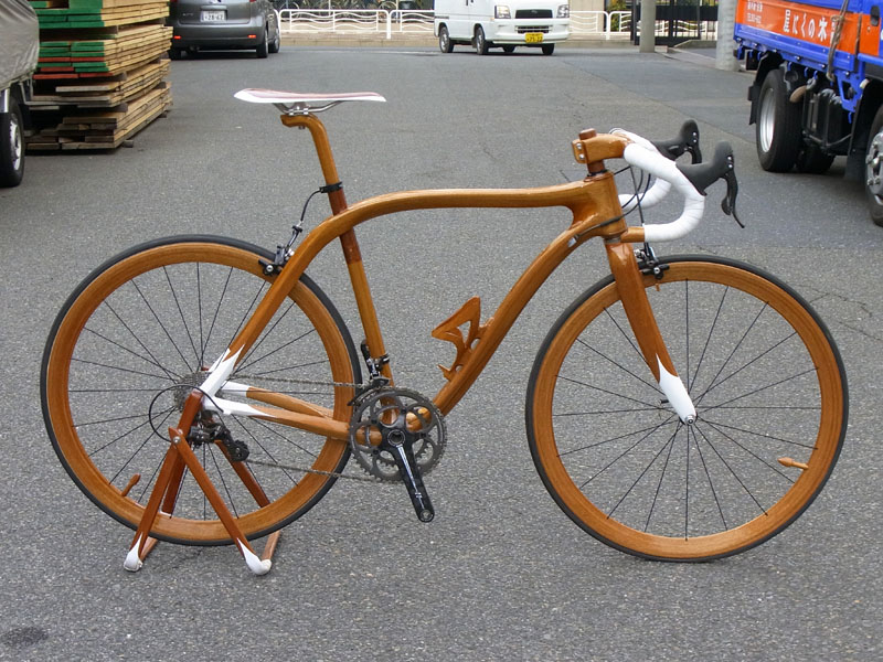 Luxury Racing Bikes Exquisitely Crafted Of Mahogany Wood By