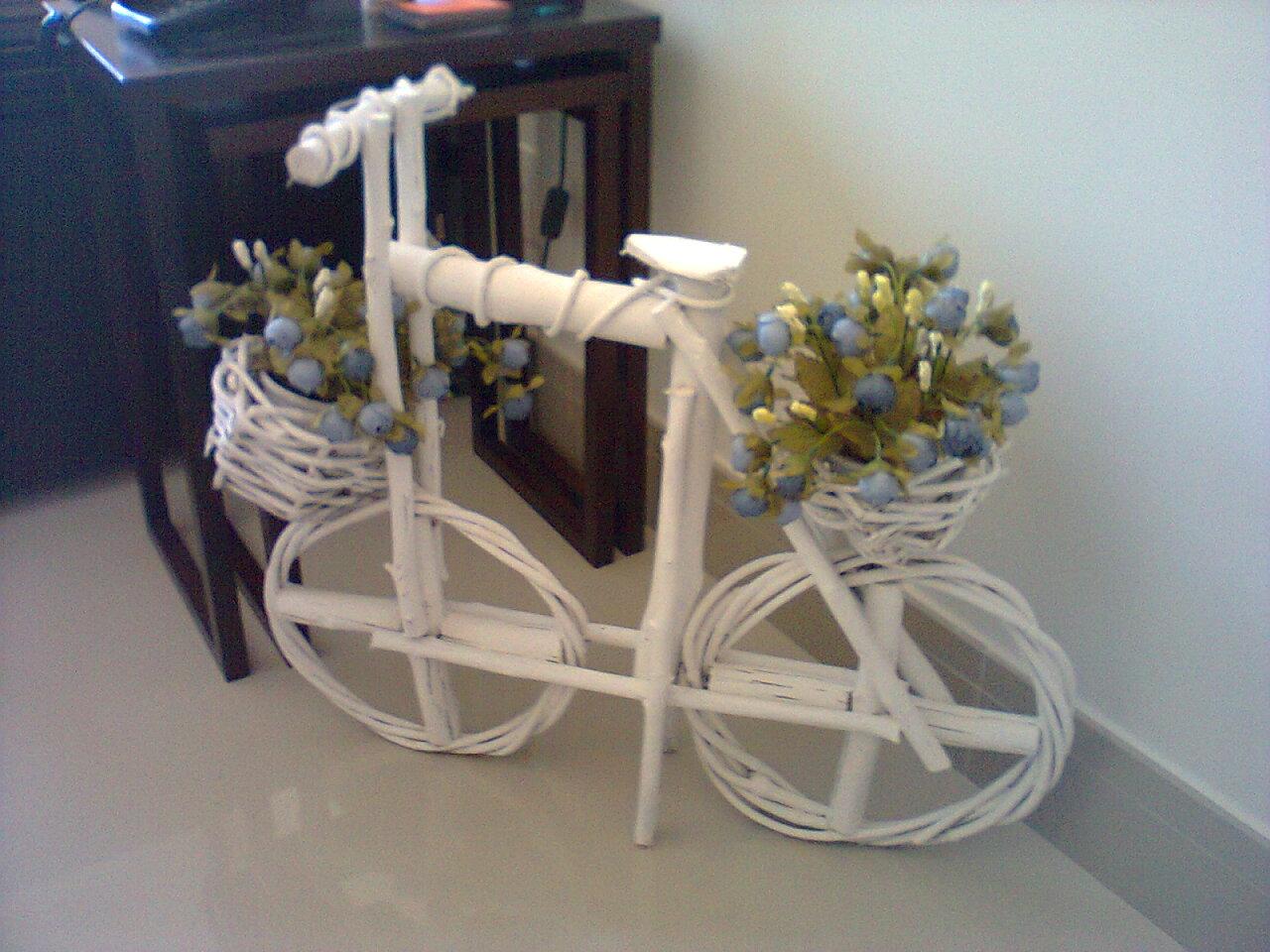 enfeite jardim bicicleta:bicicleta foi adquirida aqui no CEAGESP de Sorocaba,