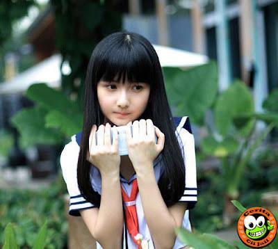 http://www.opoae.com/2013/04/foto-cewek-30-tahun-asal-china-seperti.html