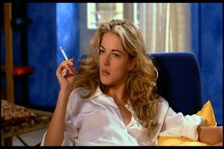 Claudia Gerini Smoking
