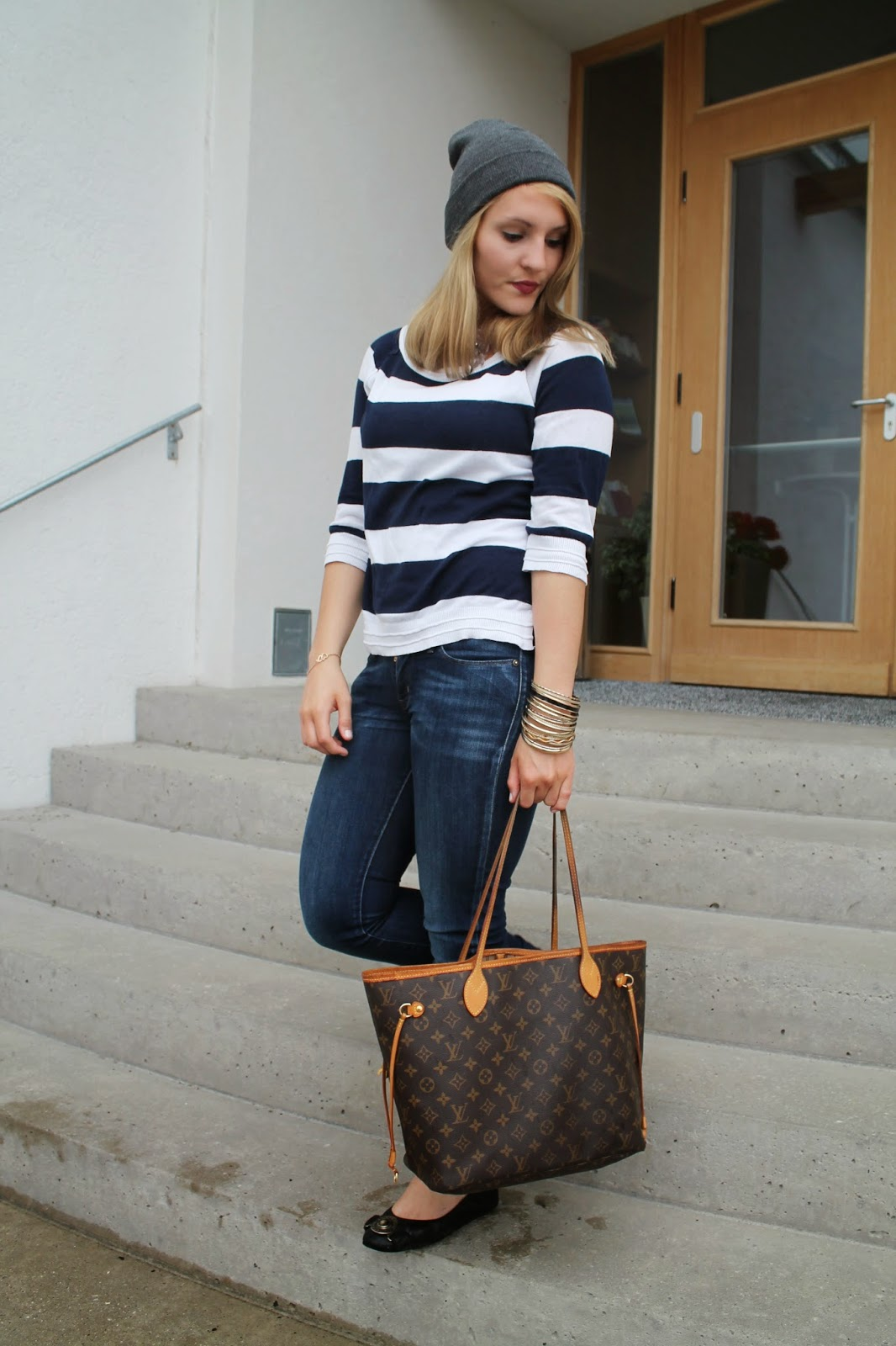 Fashionblogger Austria / Österreich / Deutsch / German / Kärnten / Carinthia / Klagenfurt / Köttmannsdorf / Spring Look / Classy / Edgy / Summer / Summer Style 2014 / Summer Look / Fashionista Look / Oasap / Striped Shirt / Beanie / Streetstyle / Louis Vuitton neverfull / Burberry Ballerinas /
