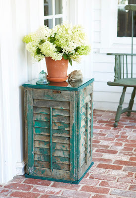 Upcycle shutter, shutter table