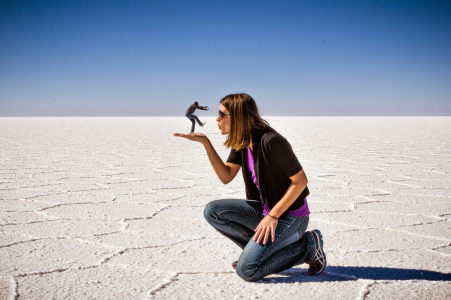 Salar de Uyuni perspective photos