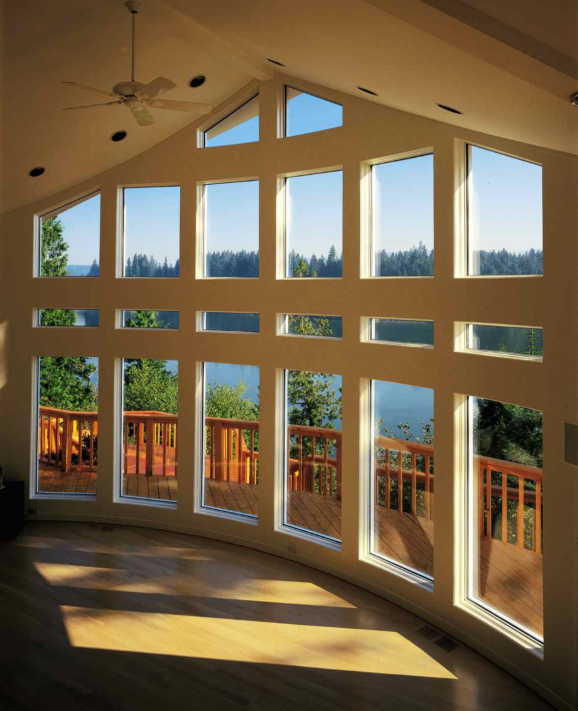 Foundation dezin decor view of window for Best replacement windows for log homes