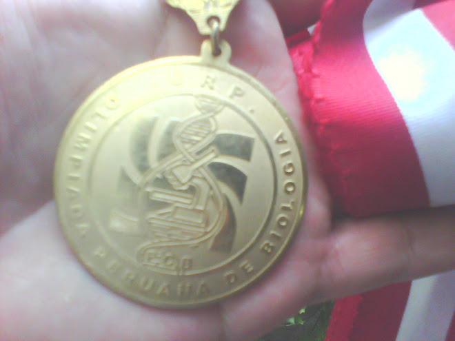 PRIMERA MEDALLA DE ORO EN LA V O.P.B. 2010 BICAMPEON NACIONAL : DENIS DUAREZ TAYPICAHUANA.
