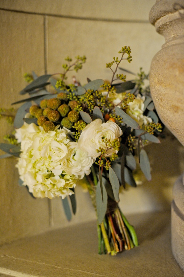 rustic olive fall wedding bouquets for autumn weddings
