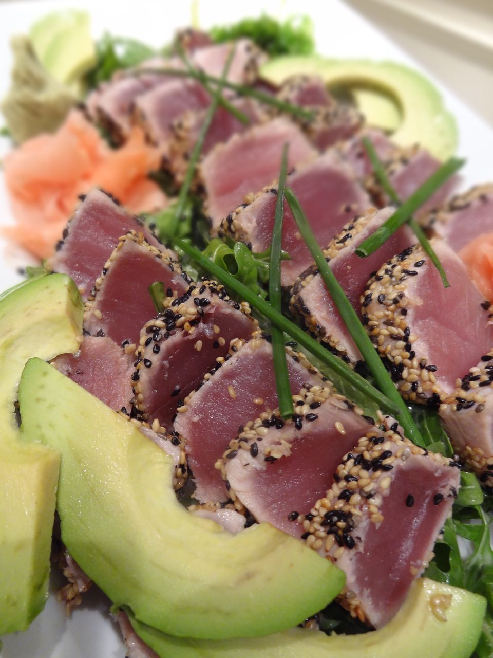 Scrumpdillyicious: Sesame Crusted Seared Ahi Tuna with Avocado