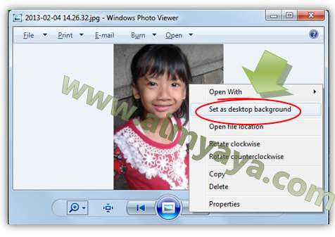Gambar: Membuat photo yang di preview menjadi wallpaper windows