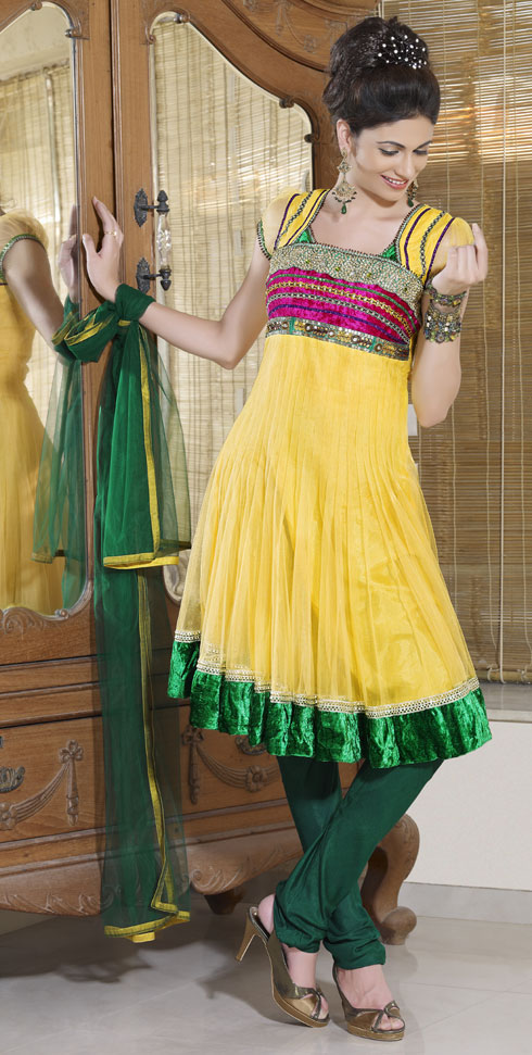 Hairstyles For Short Hair On Salwar Suits : Hair Style Beutifull: Anarkali Salwar Kameez