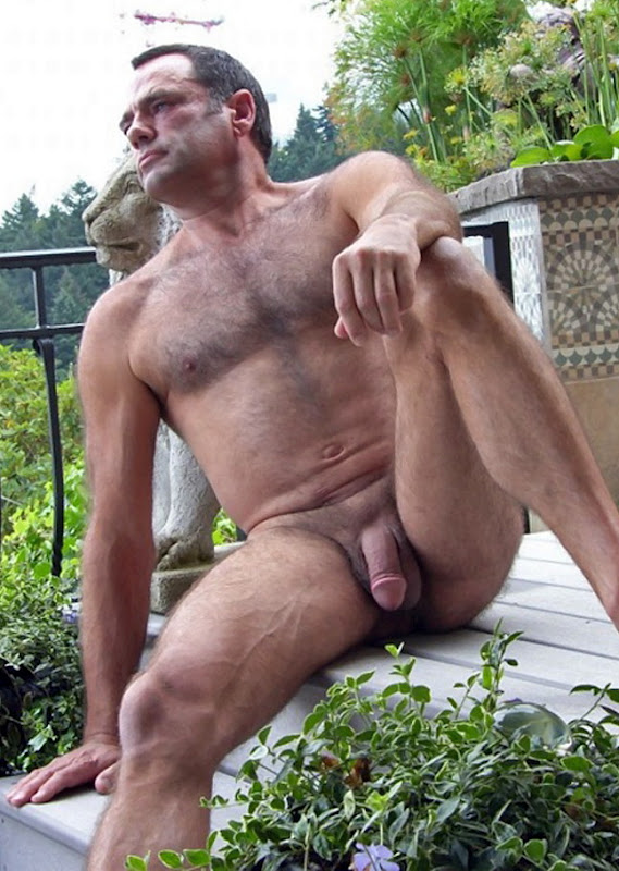 from Cruz male nude yard work