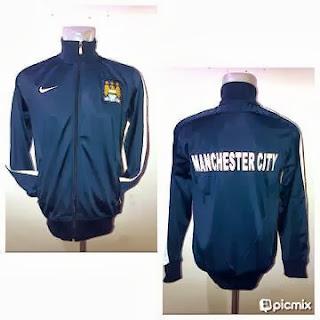 Jaket Bola Manchester City Navy List Lengan Putih
