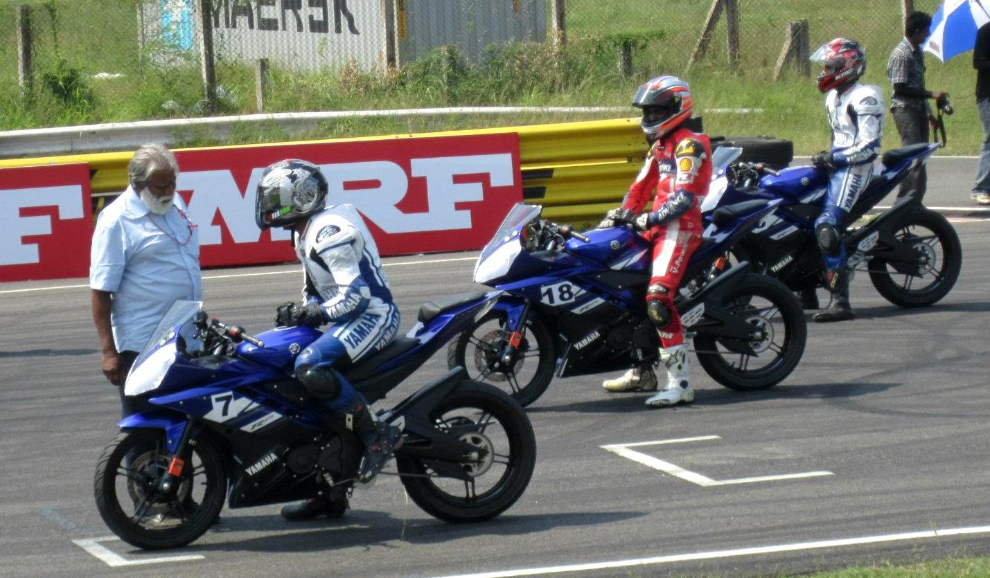 Modified R15 V2 http://www.2wheelsindia.com/2011/10/yamaha-r15-version-20-without-rear-tyre.html