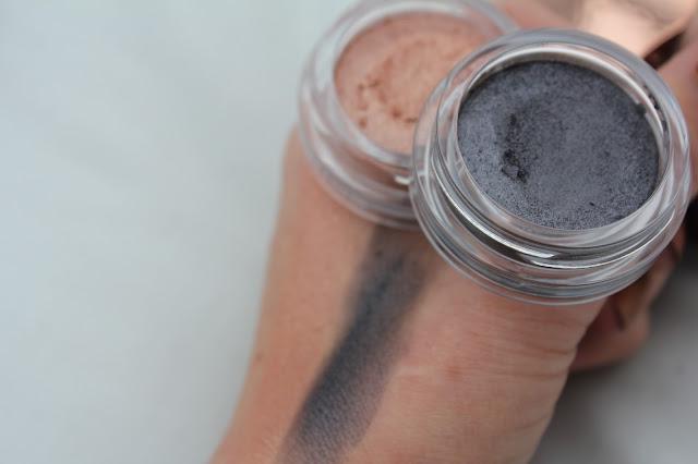 Clarins Iridescent Shadow in 01 Aquatic Rose and 03 Aquatic Grey