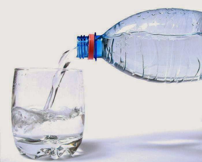 Botol Plastik Tidak Boleh Dipakai Berulang-ulang Karena Memicu Kanker dan Penyakit Berbahaya Lainnya