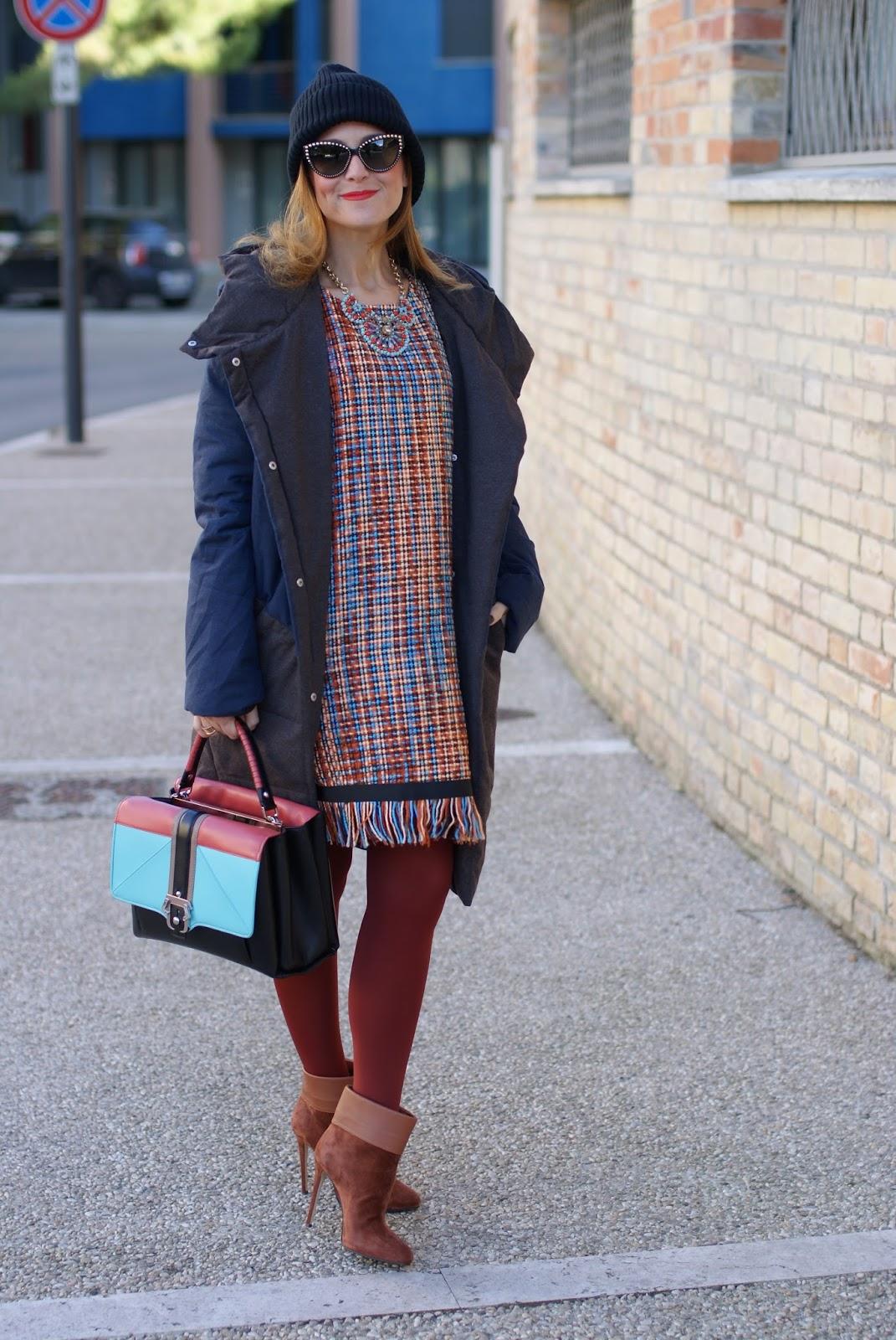 Vogos Gigi dress, Paramita Zaliv jacket and Paula Cademartori Faye bag on Fashion and Cookies fashion blog, fashion blogger style