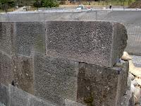 切り込みハギ 鉄門石垣