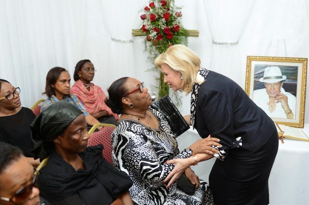 photo Dominique OUATTARA à la présentation de condoléance à la famille Folquet