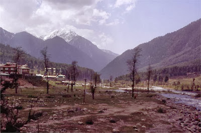 Pahalgam Destination, Pahalgam Honeymoon Tours, honeymoon tours, honeymoon tours in India, honeymoon, Pahalgam tours, honeymoon tour packages in Pahalgam india, balajitourtravel.com