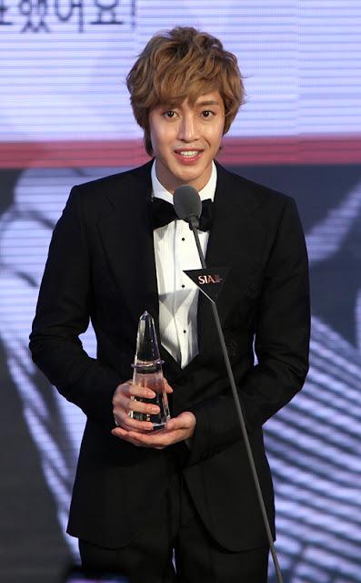 kim-hyun-joong.jpg (500×807)