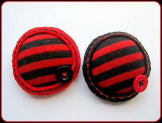 Broche Tela y Fieltro - Negro y Rojo - ChikiPol