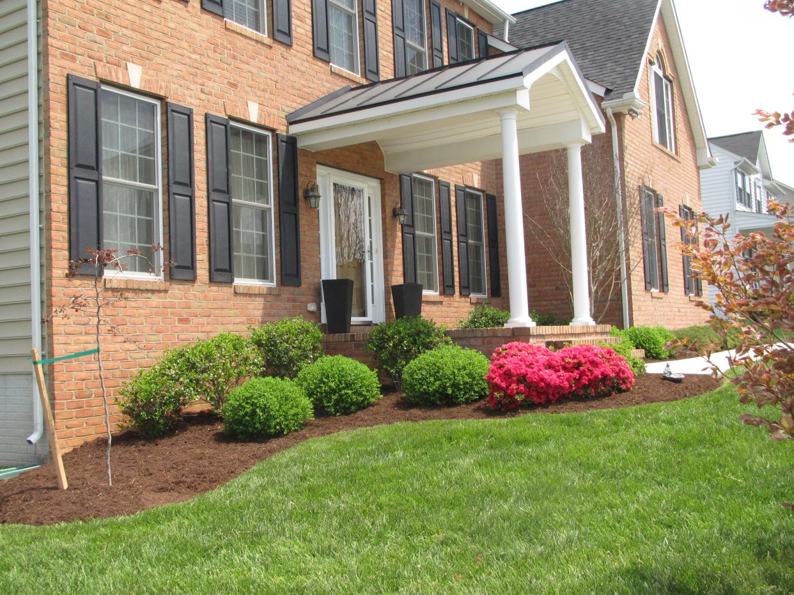 Groshs lawn service lawn landscaping new home in for Home landscaping services