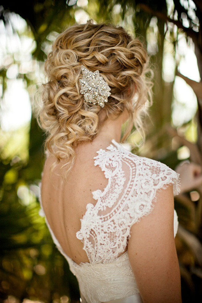 Perfect It Seems The Mandatory, &quotoverstyled, Weddingday Hair&quot Rule Has Been Overturned Goodbye Hotrollers And Big, Crunchy Curls! Wedding Dos Now Span The