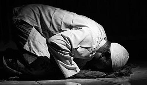 Persiapan Idul Fitri Niat Bacaan Shalat ID Plus Artinya