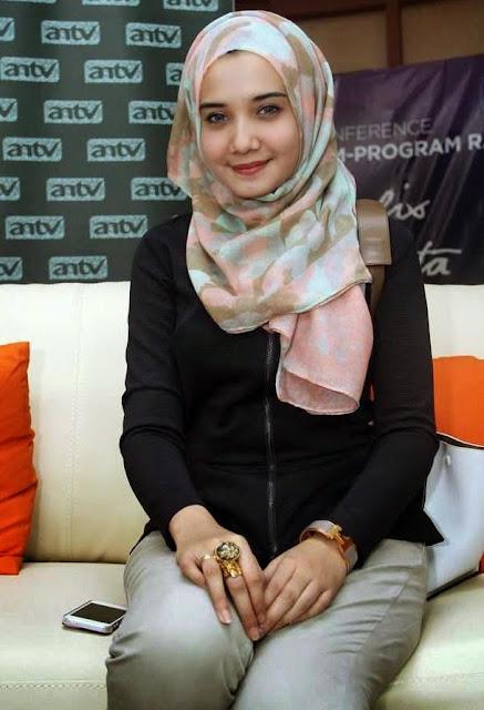 Zaskia Sungkar picture