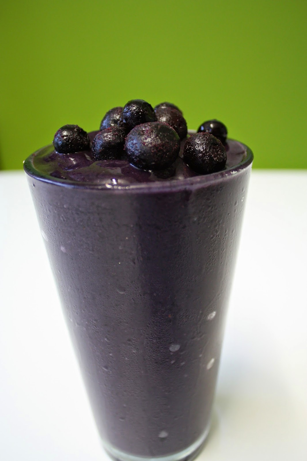 chocolate blueberry smoothies