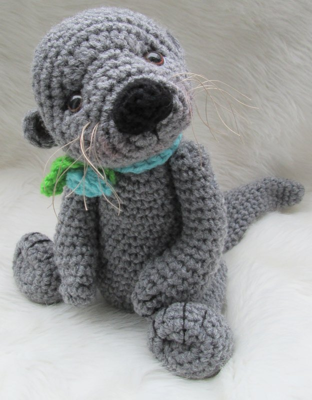 Amigurumi Otter Pattern : Teris Blog: New Patterns, Cute Horse and Otter