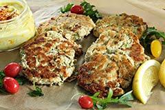 Paleo Salmon Burgers