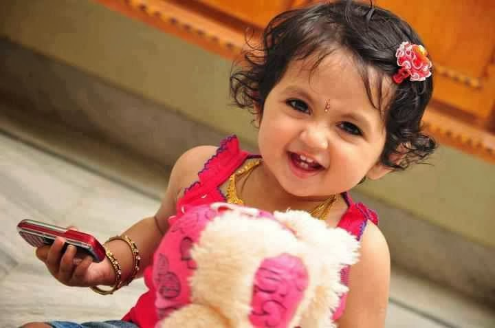 Cute babies pics wallpapers - Sweet baby girl wallpaper pictures ...