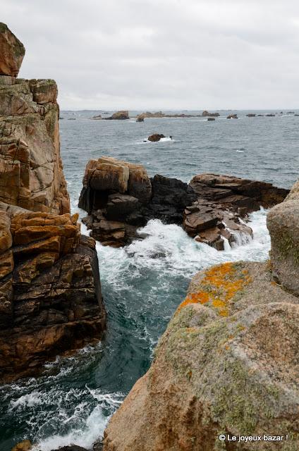 Bretagne - Plougrescant - gouffre