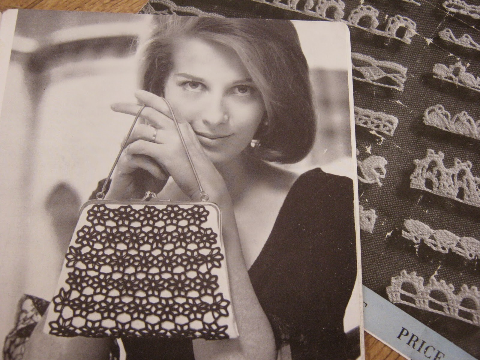 Vintage Crochet Pattern 60s Lacy Bag